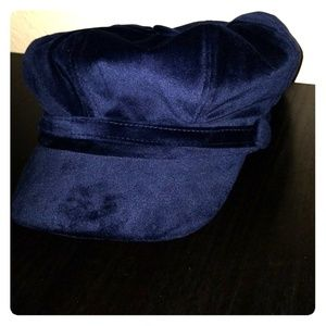 Dark blue velvet hat